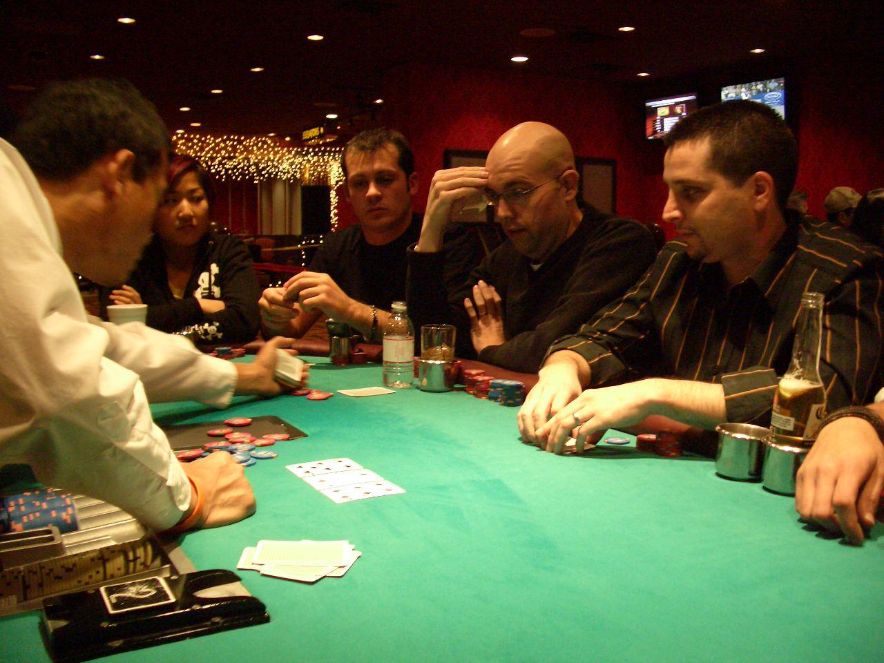 покер оффлайн с профи